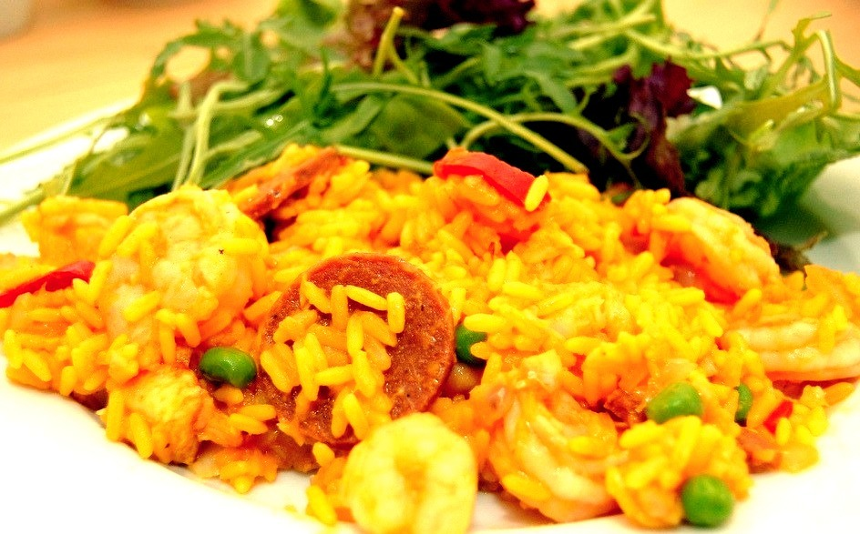 Paella (by Tricia Lee Sook Ling)