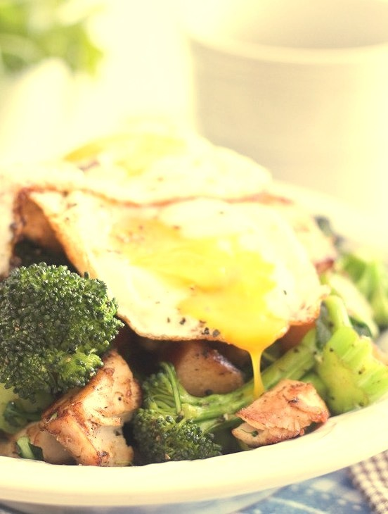 Turkey, Apple and Broccoli Breakfast Hash