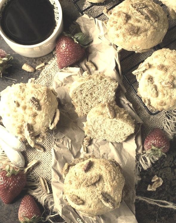 Streusel Hawaiian Muffins Chocolate & Carrots