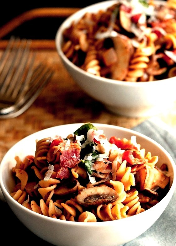 Mushroom, Bacon & Spinach Whole Wheat Pasta