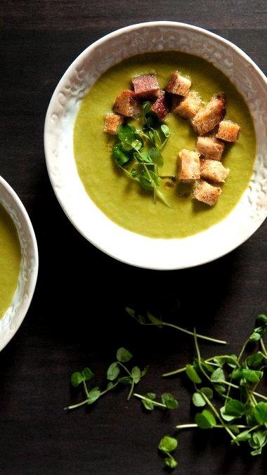 Pea & Leek Soup with Sourdough CroutonsSource